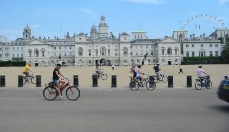 FOTO: Whitehall v Londýně