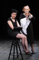 FOTO: Lenka Termerová s Jitkou Smutnou na premiéře inscenace Holky z kalendáře v Městských divadlech pražských