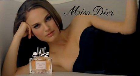 FOTO: Natalie Portman v reklamě na vůni Miss Dior