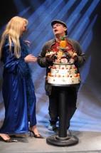 FOTO: Pavel Juřica s Kateřinou Macháčkovou na premiéře inscenace Holky z kalendáře v Městských divadlech pražských
