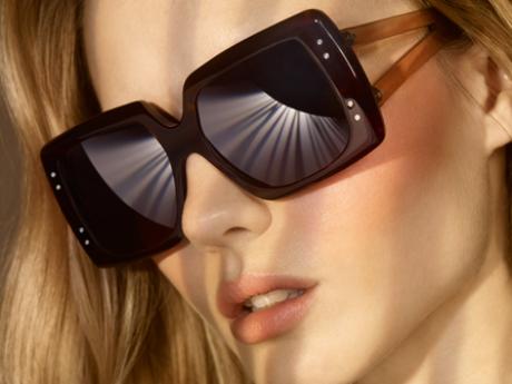 Foto: Sluneční brýle navržené Victorií Beckham