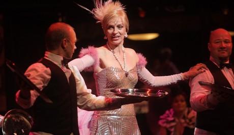 Foto: Ivana Chýlková v titulní roli muzikálu Hello, Dolly!