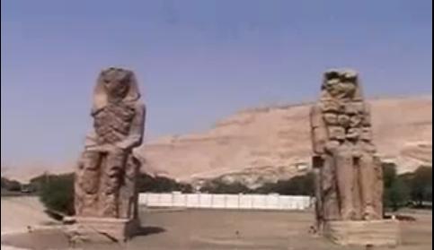 FOTO: Memnonovy kolosy