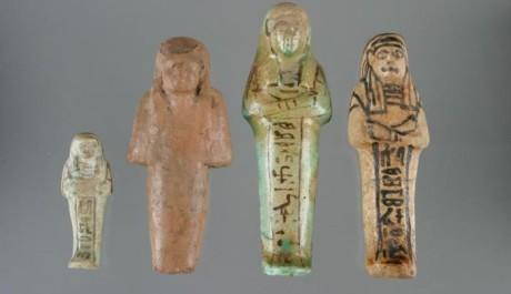FOTO: Vešebty - pohřební sošky