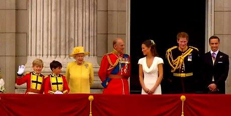 FOTO: Královská rodina a sourouzenci nevěsty na svatbě prince Williama