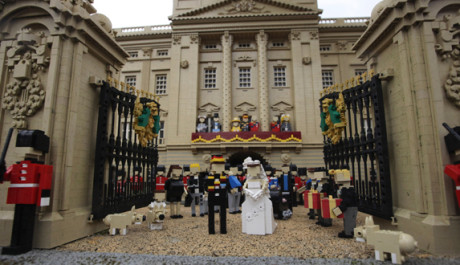 FOTO:Legoland Windsor Launches Their Royal Wedding Diorama