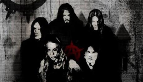 Skupina Arch Enemy a zároveň první verze obalu Khaos Legions, Zdroj: myspace.com