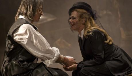 Foto: M. Stropnický a D. Havlová v muzikálu Cyrano!! Cyrano!! Cyrano!!