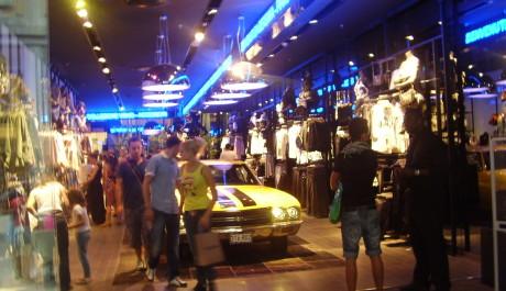 FOTO: Originální design milánských butiků