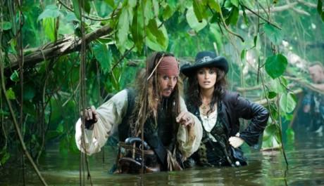 FOTO: Penélope s Johny Deppem v Pirátech z Karibiku: Na vlnách podivna