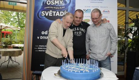 FOTO: Skupina ELÁN na tiskové konferenci k muzikálu Osmý světadíl Divadla Kalich