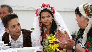 FOTO: Ženich zpevák Jan Bendig a nevěsta Aneta Kováčová