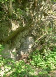FOTO: zazděný vstup do štoly