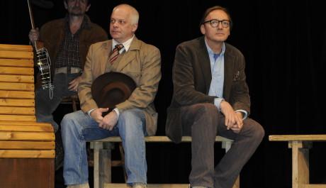 FOTO: Bohumil Klepl a Ondřej Havelka v připravované inscenaci Zločin v Posázavském Pacifiku Divadla Kalich