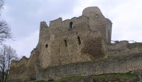 FOTO: Zřícenina hradu Michalovice