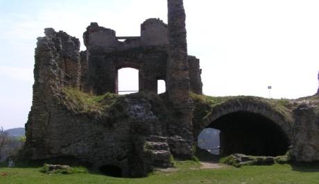 FOTO: Zřícenina hradu Zvířetice