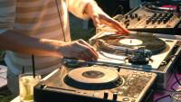 FOTO: DJ při práci