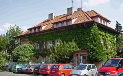 FOTO: Dům bratří Čapků ve stejnojmenné ulici v Praze 10-Vinohradech