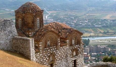 FOTO: Kamenný kostel v Beratu, Albánii