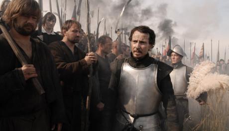 FOTO: Jindřich nyní opět kope za protestanty