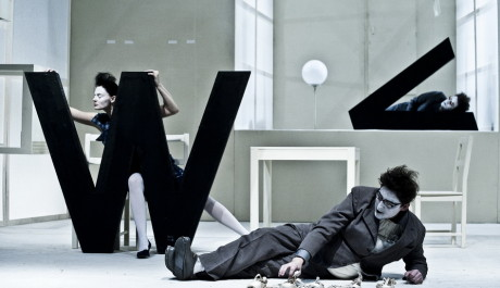 FOTO:Korespondence V+W