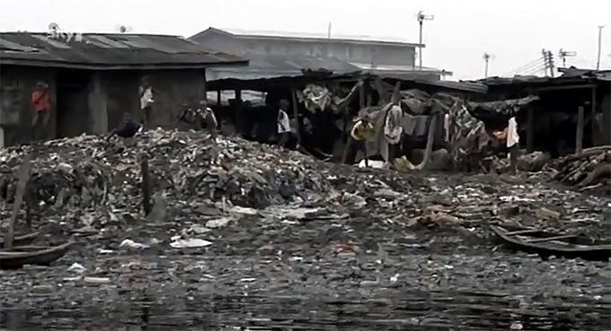 FOTO: Znecisteni Lagos