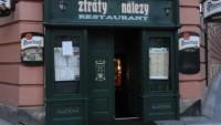 Foto: Vchod do restaurace Ztráty a nálezy