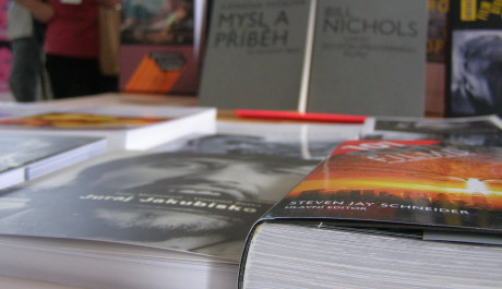 FOTO: Knihy o legendárních tvůrcích lákaly k zakoupení, Zdroj: Archiv Moniky Bukáčkové