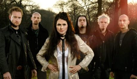 Skupina Within Temptation na promo fotce k albu The Heart of Everything, Zdroj: within-temptation.com