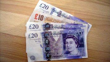 Čím se platí v anglii, libra