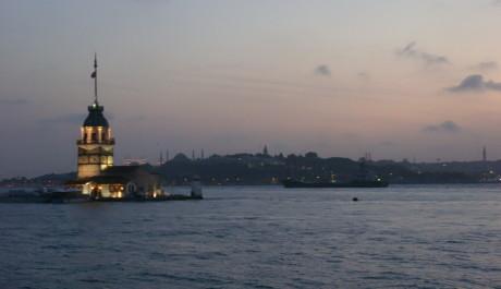 FOTO: Dívčí věž v Istanbulu