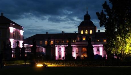 FOTO: Tradiční oslavy Hradozámecké noci 2011