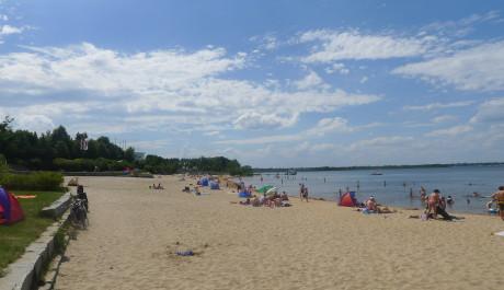 FOTO: Písečná pláž na břehu jezera Senftenberg
