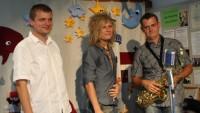 FOTO: Miro Šmajda zazpíval v doprovodném programu akce Léto plné hvězd