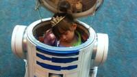 FOTO: Princezna uvnitř R2-D2