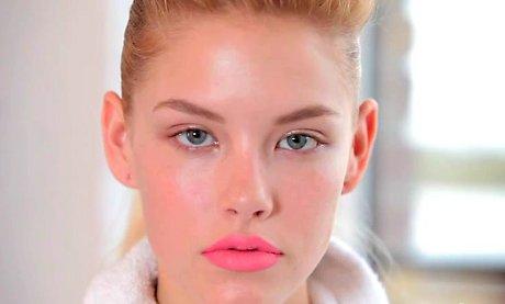 FOTO: Neonový makeup - rty