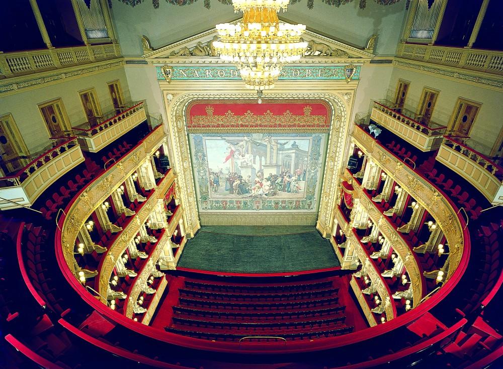 Nová sezóna národního divadla přinese čtrnáct premiér a