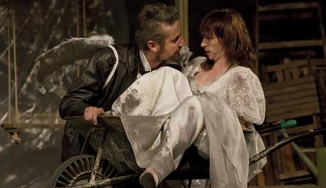 Foto: Roman Zach a Tatiana Vilhelmová ve Zkrocení zlé ženy