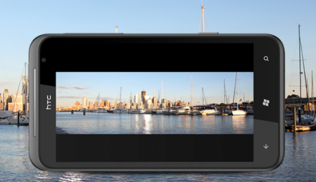 FOTO: HTC Titan, obří telefon s obřím displejem