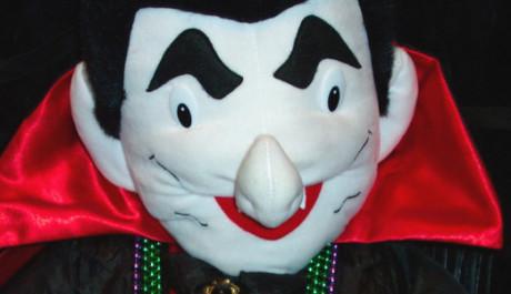 FOTO: Plyšový Dracula