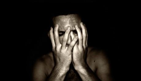 FOTO: Muž v depresi