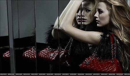 FOTO: Blake Lively v kampani pro Chanel