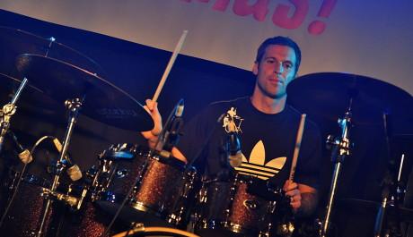FOTO: Petr Čech si zahrál na koncertě Eddie Stoilow.