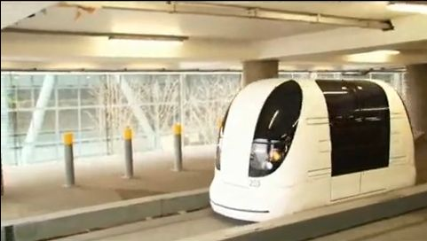 FOTO: Vozítka na letišti Heathrow