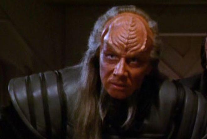 FOTO: Herec Matthias Hues jako klingonský generál