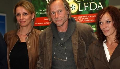 FOTO: Ivana Chýlková s Karlem Rodenem a Szidi Tobias