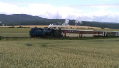 FOTO: Parní lokomotiva úzkokolejka