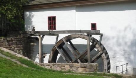 FOTO: Porčův vodní mlýn