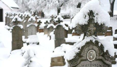 FOTO: Druhá dívka bude odpočívat na hřbitově