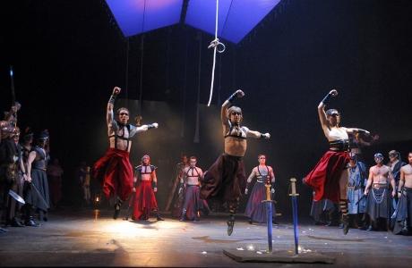 FOTO: Choreografie Jiřího Pokorného v Borodinově opeře Kníže Igor